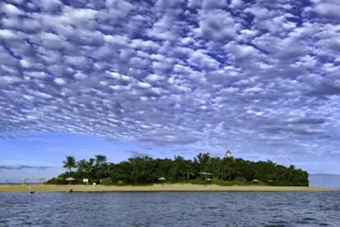 Se trata de Low Island, una pequeña isla ubicada en la costa del noreste de Australia (Karen Hofman)