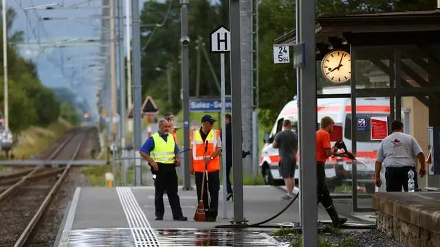 Ataque con cuchillo y fuego en un tren de Suiza: dos muertos y al menos seis heridos