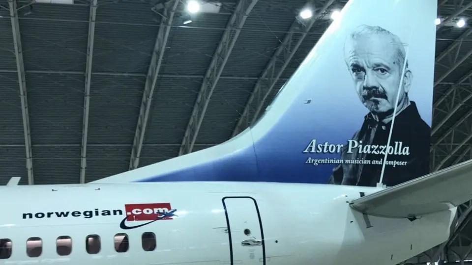 El primer avión de Norwegian que llegó al país