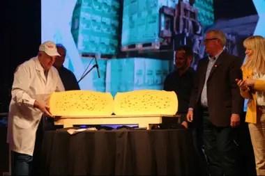 La cooperativa produce 600.000 kilos de quesos por mes
