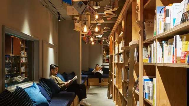 Facebook / Book and Bed Tokyo
