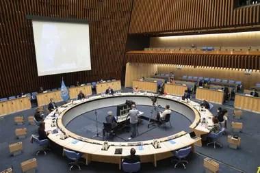 Una sesión de la OMS para tratar el tema de la epidemia del coronavirus, el 5 de octubre pasado