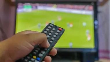 El manejo de las transmisiones del fútbol argentino sufrirá cambios.