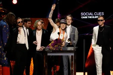 Cage The Elephant premio a Mejor Album de Rock