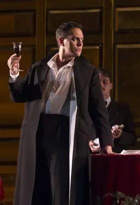 Erwin Schrott es Don Giovanni