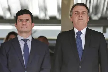 Sergio Moro dijo que Bolsonaro le había manifestado en varias oportunidades que quería reemplazar al director de la Policía Federal con alguien que pudiera facilitar el acceso a las investigaciones y a los informes de inteligencia.