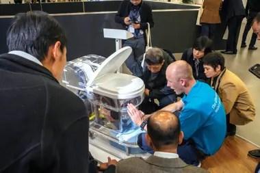 El inodoro autosustentable que creó para zonas pobres de Asia y África que no poseían sistema de sanitización