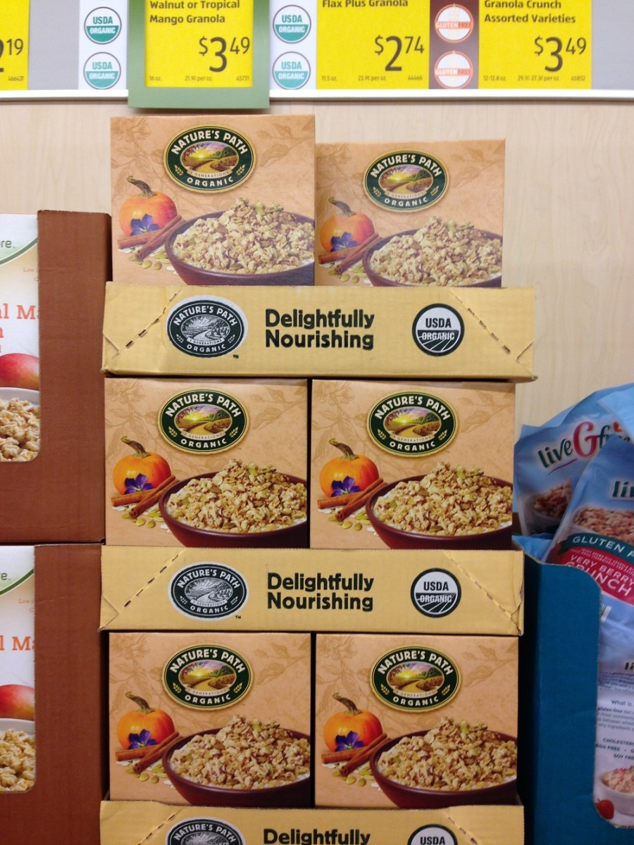 A Peek Into a Dietitian's Grocery Cart (+ ALDI giveaway