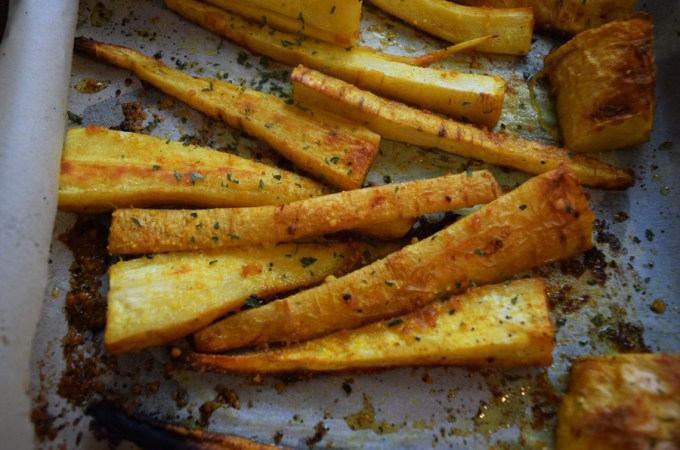 Roasted Garlic Turmeric Parsnip Fries
