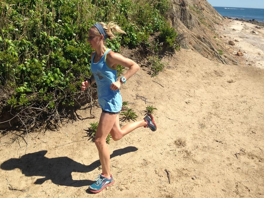 How much water should you drink in the summer months when running?