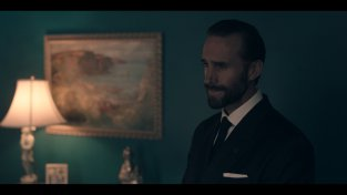 joseph_fiennes_as_39_commander_waterford_39_