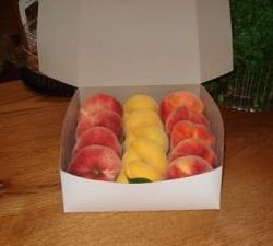 Manoff's Donut Peaches