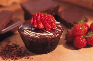 Chocolate cupcake with strawberry; MSClipArt