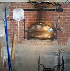 Bobolink brick oven; photo by L. Goldman; baking matzah