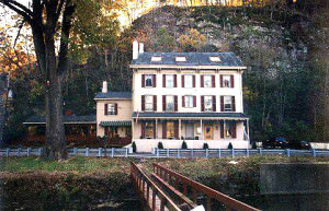 Indian Rock Inn, photo courtesy of Indian Rock Inn