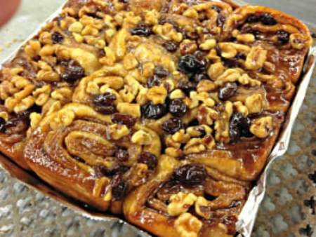Cinnamon buns and raisins and walnuts