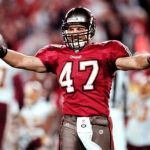 No HOF again for Lynch; will be Bucs 2016 Ring of Honor inductee