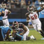 Shaq Barrett wins NFL monthly honor