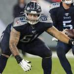 Buccaneers claim guard, waive center