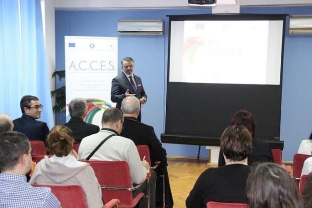 Absolventi certificati in cadrul proiectului FRUMOSS coordonat de Radu Onisoru.