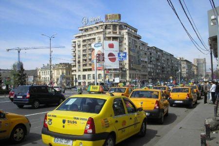Taximetristii AMENINTA primaria ca vor bloca traficul din Bucuresti pentru doua zile!