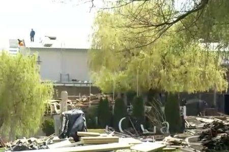 VIDEO – La Bamboo se lucreaza din nou pentru redeschidere, fara AUTORIZATIE! Primaria lui Firea ridica mirata din umeri!