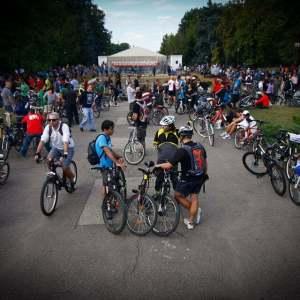 Biciclistii din Bucuresti anunta un mars al tacerii