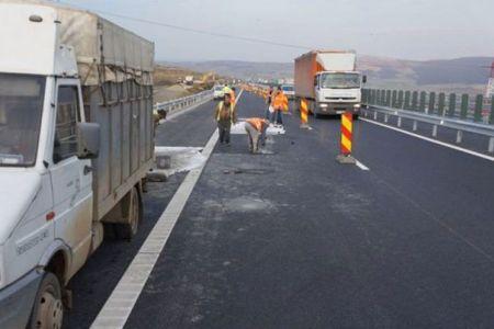 Atentie daca aveti drum pe A1! Se lucreaza si traficul se desfasoara pe o singura banda de circulatie!