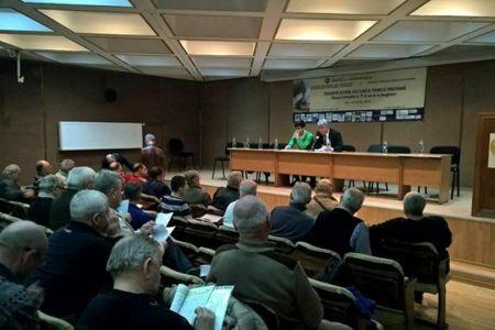 Procurorii DNA au descins la sediul Asociatiei Municipale de Fotbal Bucuresti! Sediul a fost sigilat si sunt ridicate documente!
