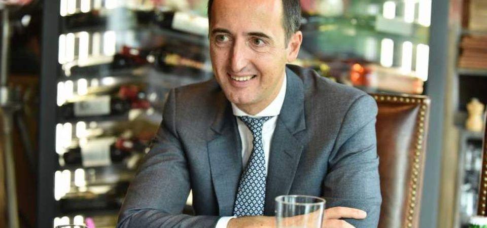 El este cel mai nou mogul imobiliar al Bucurestiului! Tocmai a inceput un proiect urias in zona Aviatiei!