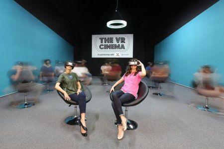 La Bucuresti tocmai a fost deschis primul cinema VR din Romania si al doilea din Europa!