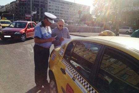 Politistii au organizat o noua razie la taximetristii din zona aeroportului Otopeni