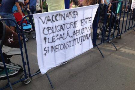 Protest in Parcul Izvor impotriva vaccinarii obligatorii