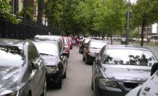 Bucurestiul a devenit o uriasa parcare: 2 milioane de masini lupta pe 300.000 de locuri de parcare! Ce face primaria?