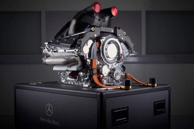 Силовая установка Mercedes-Benz PU106B Hybrid