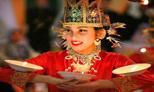 Tarian Adat Sumatera Barat