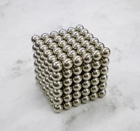 ネオジウム磁石