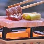 岩塩プレートの使い方!管理方法ほんのり塩味肉がおいしく焼ける!