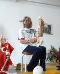"Anubuddha playing the ""Human spinal sitar""... Parimal, Germany 2009. ""Our Human Energy-field is like a musical instrument"""