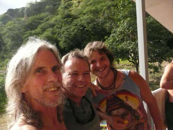 Buddha, David from England, and Carl from Montreal... now all calling Vilcabamba home