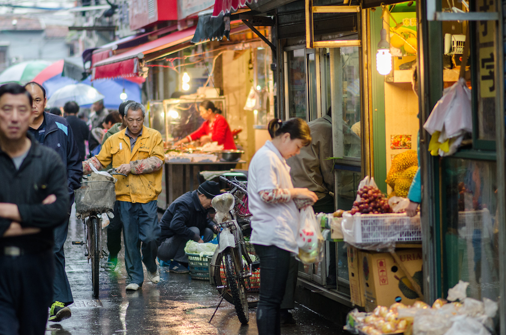 Shanghai-back-alleys-China-shopping-umbrellas-rainy-day-Jenny-Adams-travel-Buddha-drinks-fanta-5082