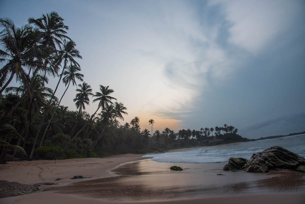 amanwella-sri-lanka-aman-hotels-asia-sunrise-beach-villa-ocean-palm-trees-travel-jenny-adams-freelance-buddha-drinks-fanta