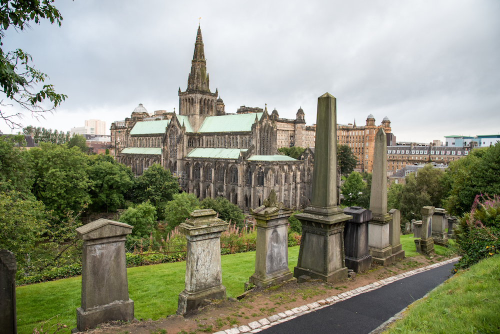 necropolis-glasgow-cemetery-historic-church-tombstones-scotland-buddha-drinks-fanta-jenny-adams-photographer-writer-travel-europe-cathedral