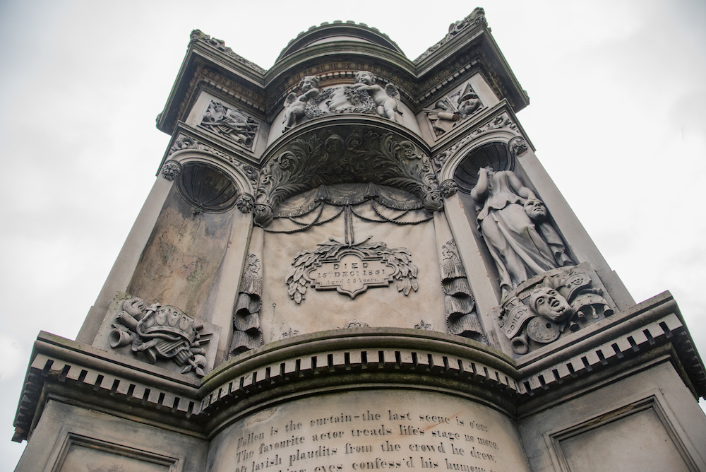 necropolis-glasgow-cemetery-historic-church-tombstones-scotland-buddha-drinks-fanta-jenny-adams-photographer-writer-travel-europe