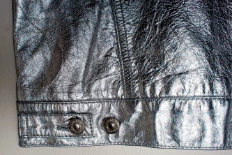 Details silver buttons side