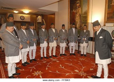 nepalese-king-gyanendra-r-swears-in-the-newly-appointed-royal-ministers-ff59k5