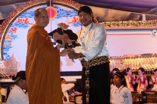 20170509 Sambut Waisak, Sangha Theravada Indonesia Gelar Pertunjukan Wayang Kulit 2
