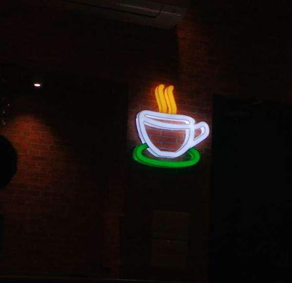 Logo FRIENDS themed Cafe opened in Kolkata!