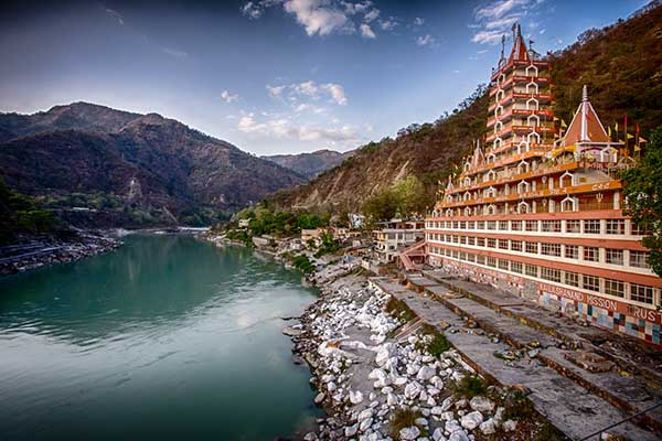 Rishikesh 8 Trips in India you can complete under 5000 Rupees!