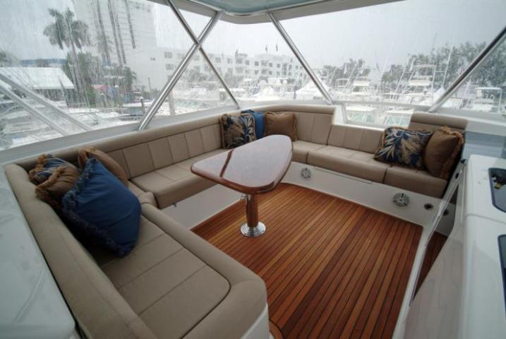 Davis-70-Yacht104-wpcf_739x495-1